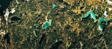 五色沼(磐梯山)航空写真76-01.jpg