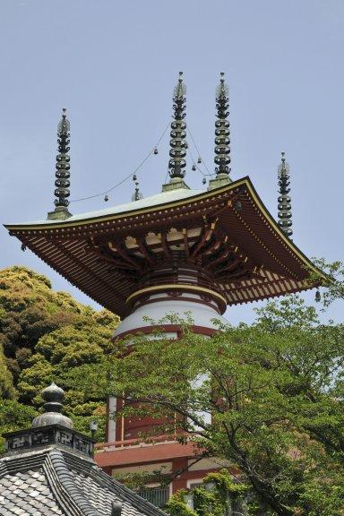 Yakuoji_06_cropped.jpg