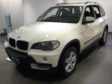 BMW_E70_X5_1.jpg