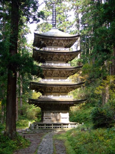 国宝 羽黒山五重塔:Wikipediaからの抜粋.jpg