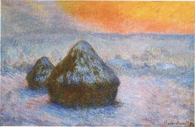 積みわら、日没、雪の効果800px-1278.jpg