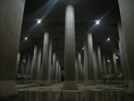 調圧水槽(首都圏外郭放水路).jpg