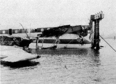 日本航空羽田沖墜落事故:映像に...
